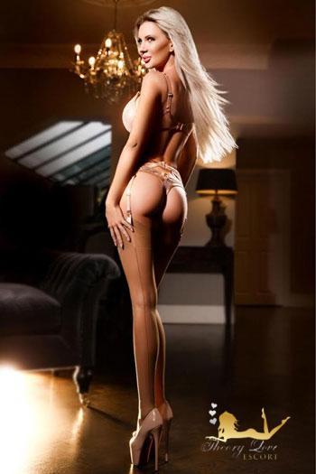 Olivia, Knightsbridge SW1 escort girl in London
