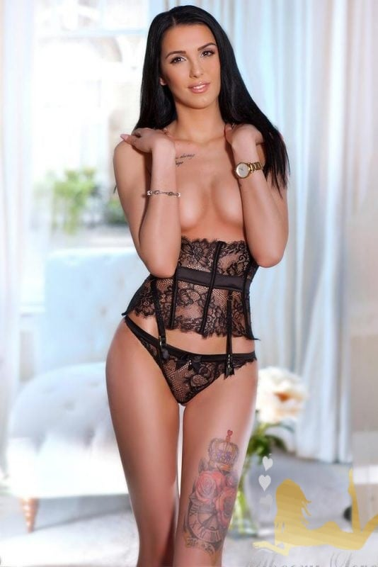 bond street tall brunette london escort lara